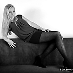 Rote Couch-sw_1