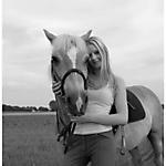 Pony-Mensch-SW-sepia